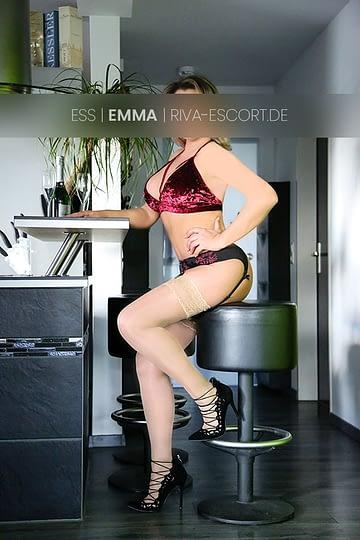 Escort Emma